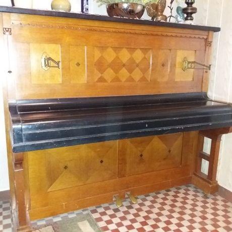 Pianino antyczne G. Pätzold Liegnitz