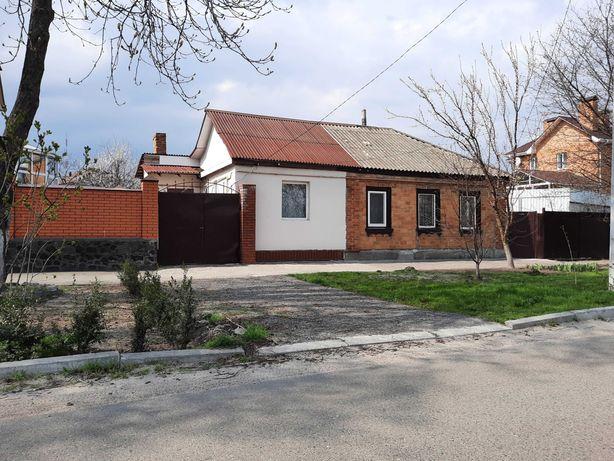 Пол дома район Казбета 3 комнаты
