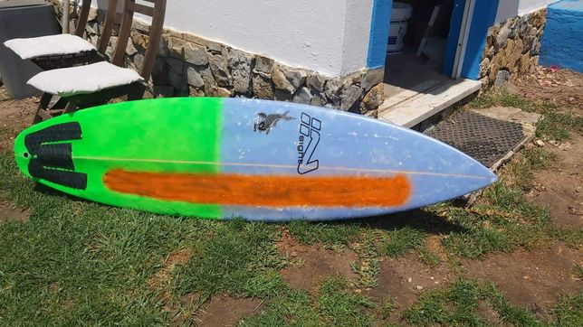 Prancha de Surf McKee Insight