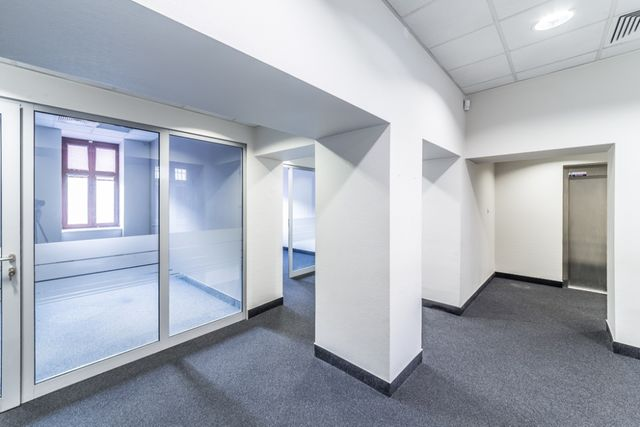 Lokal biurowy 186m2, centrum, super standard