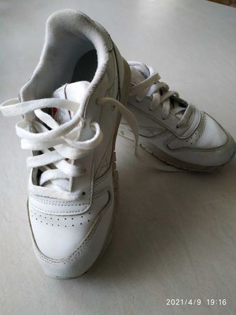 Кросівки reebok підліткові