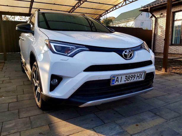 Продам Toyota RAV 4 SE 2016