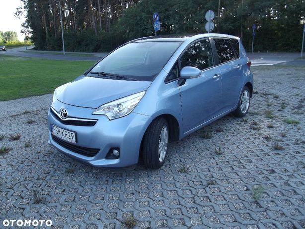 Toyota Verso S panoramiczny dach kamera cofania