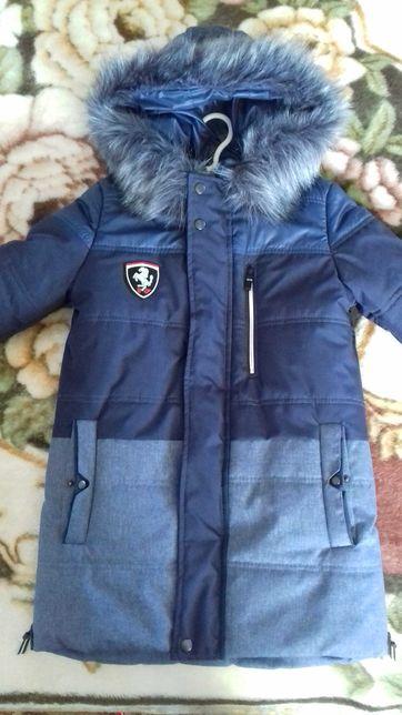 Зимова куртка (пальто) на ріст 134-140 см.