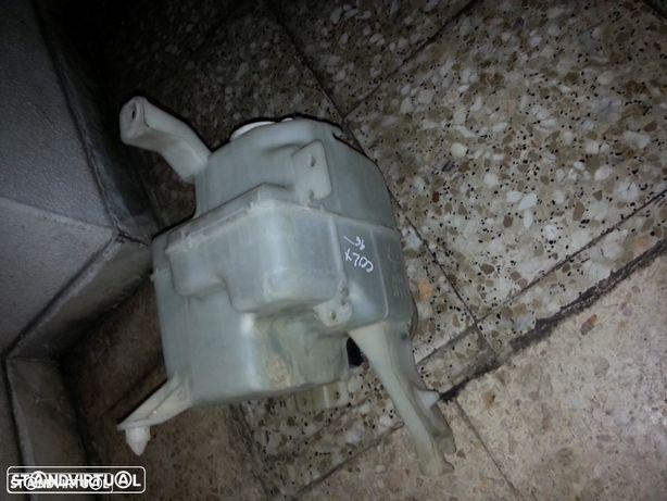 deposito de agua mitsubichi colt