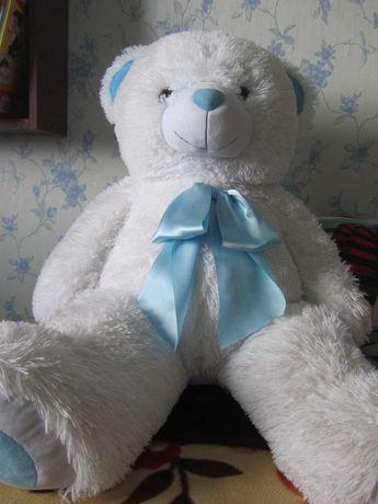 продается игрушка большой медведь белый