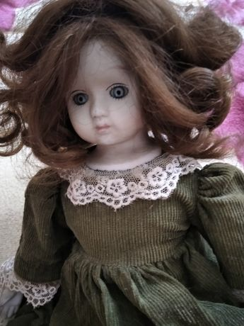 Кукла. Фарфор.  150 грн.