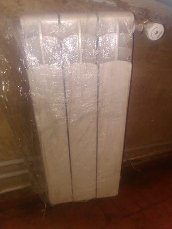 Радиатор аллюминиевый (3 секции)