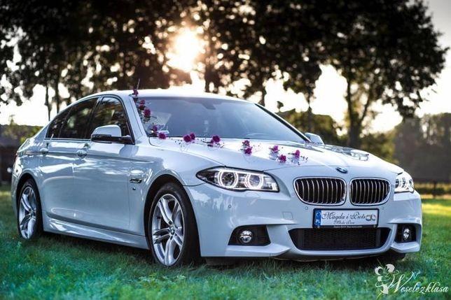 Samochód do ślubu BMW serii 5 (f10) bialy/czarny