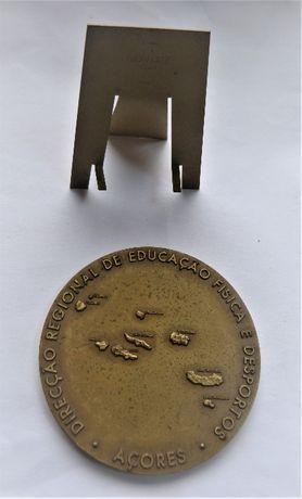 """Medalha da """"Direcçao Reg. Educaçao Física e Desportos - Açores"""""""