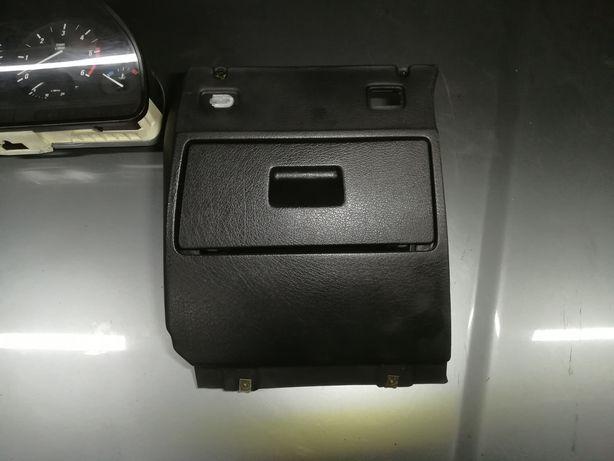 Schowek kierowcy BMW e34 polift