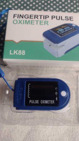 Pulsoxymetr Napalcowy modek LK 88 z Certyfikatem