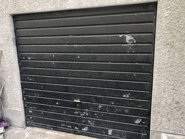 Portão de garagem galvanizado / ferro