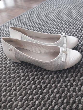 Damskie pantofelki