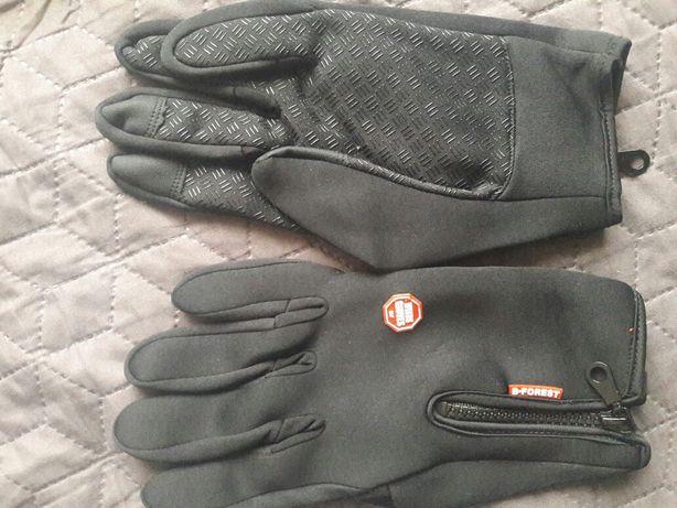 Перчатки для велосипедов или мотоциклистов