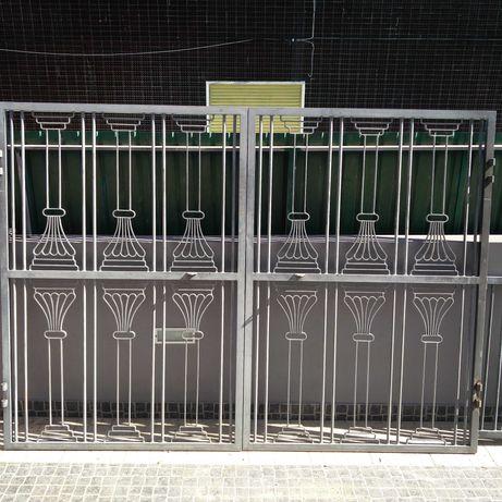 Portões + Gradeamentos