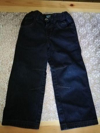 Spodnie jeansy chłopięce rozmiar 110