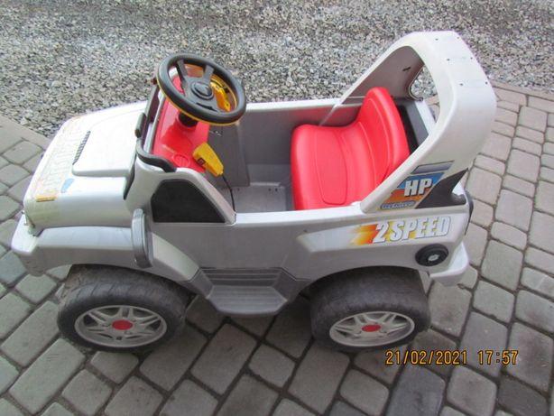 Auto na akumulator Peg Perego ADVENTURE