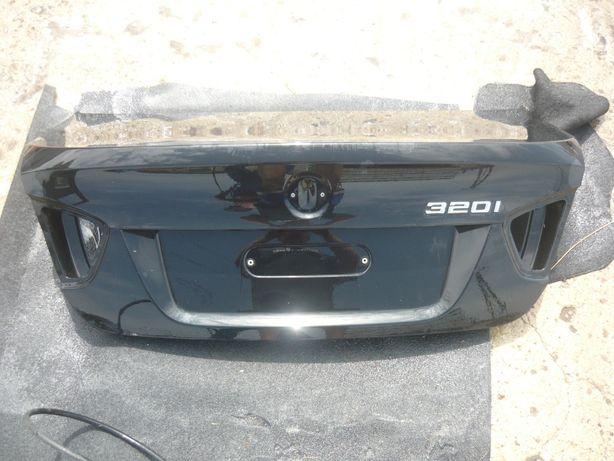 Klapa tył tylna kompletna BMW E90 320d sedan 07r