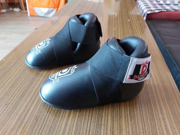 Obniżka ceny: Nowe ochraniacze na stopy XS Daniken