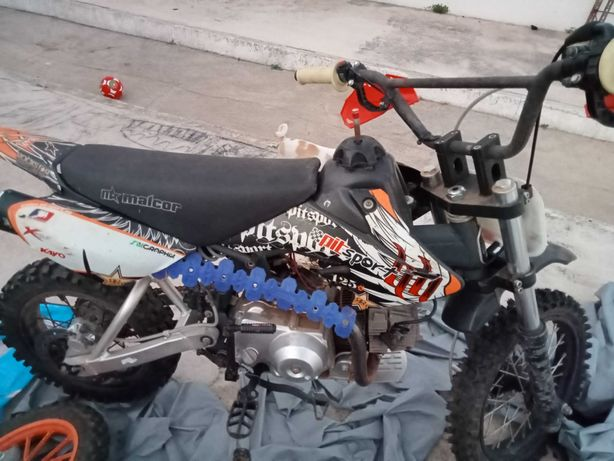 Mota 110cc a 4 tempos 4mudancas embraiagem automática