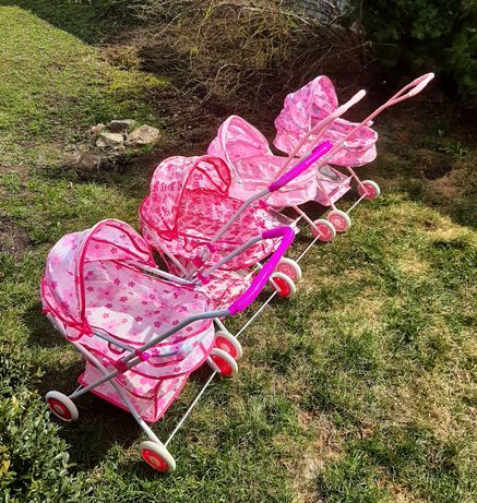 Дитяча коляска для іграшок