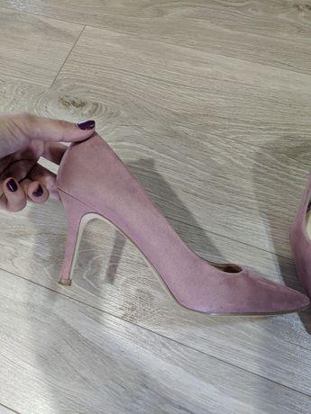 Балетки лодочки new look Bata босоножки 23 24см босоніжки сандали