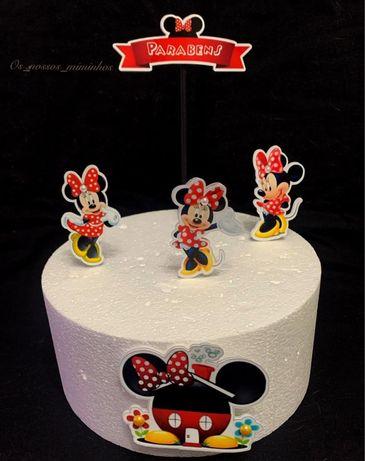 Topos de bolos e decoracao