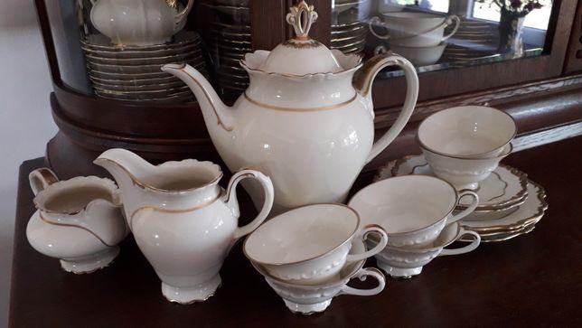 Porcelana Sorau Carstens Kavalier filiżanki zestaw niepełny