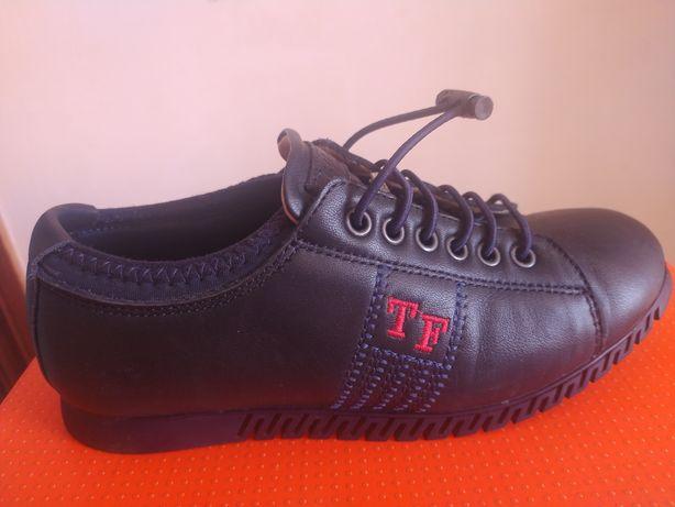 Дитяче взуття для хлопчиків