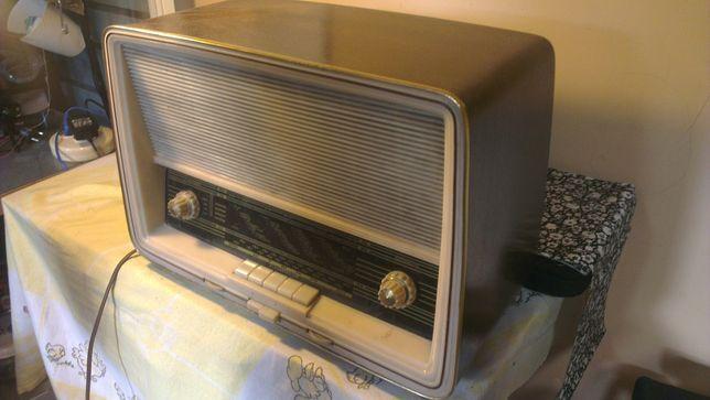 Radio antigo original alemão com FM marca tonfunk