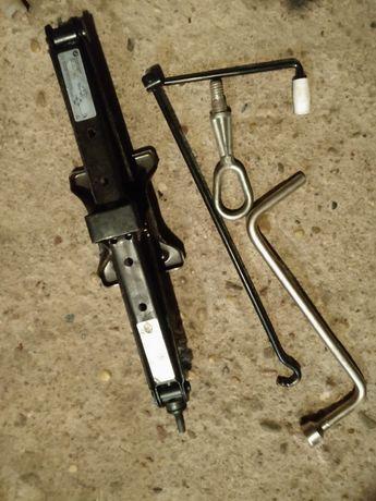 Lewarek podnośnik ucho klucz BMW e53