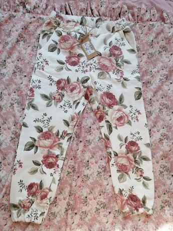 Newbie Nowe piękne spodnie dresowe w kwiaty legginsy leginsy 98 104