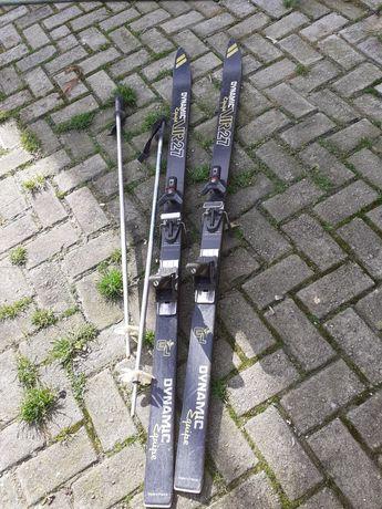 Comjunto de ski .