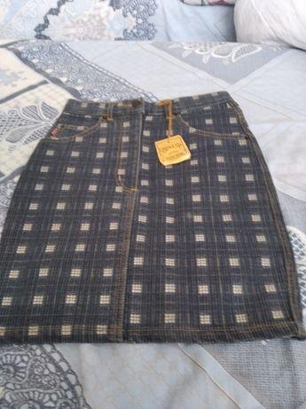 Джинсовая юбочка на девочку 28 размера НОВАЯ
