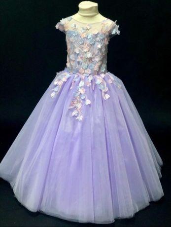 Продаю платье на 5-6 лет