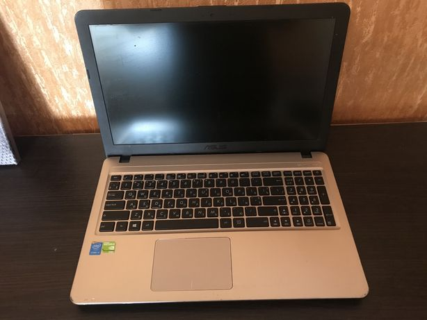 Ноутбук Asus X540l Nvidia 920M , i3