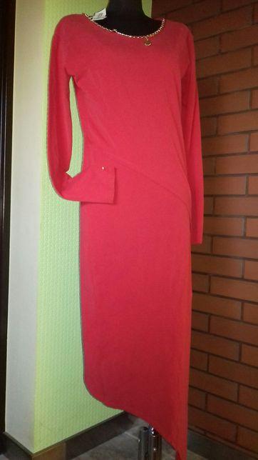 Seksowna czerwona sukienka, asymetryczna - rozmiar M/L Nowa
