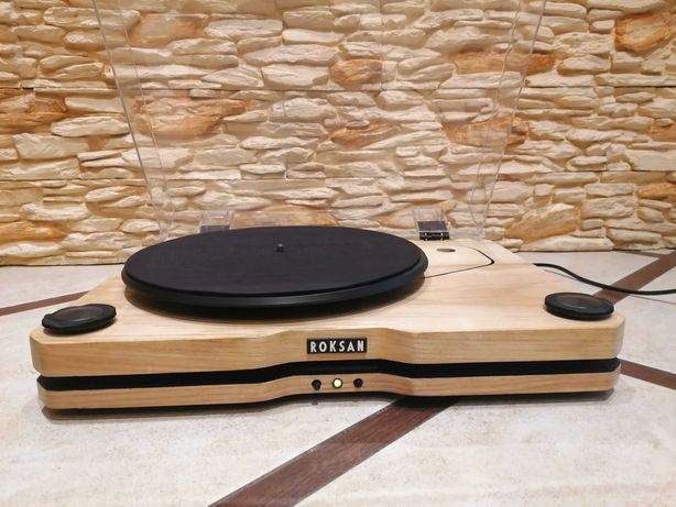 Gramofon Roksan Radius+ Roksan ROK-DS2