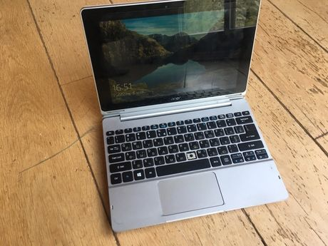Планшет ноутбук Aсer  с клавиатурой. windows 10. Acer Aspire Switch 10