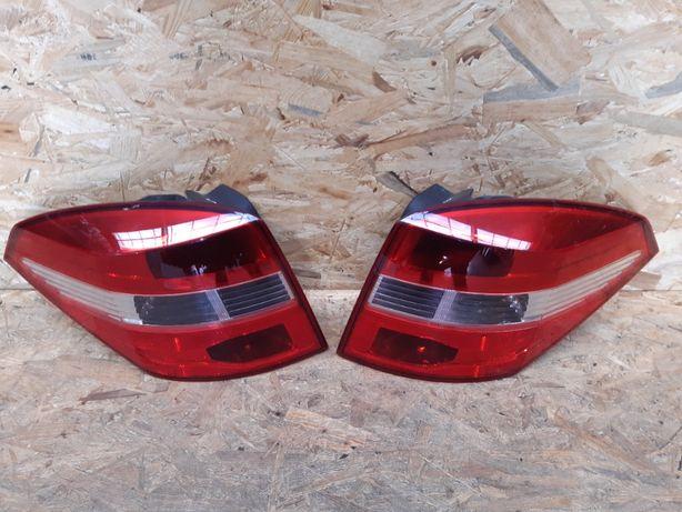 Lampa/ reflektor tylny prawy lewy Renault Laguna 3 Kombi