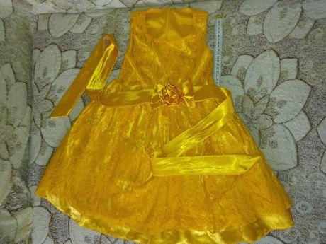 Нарядное детское платье 2-4 годика