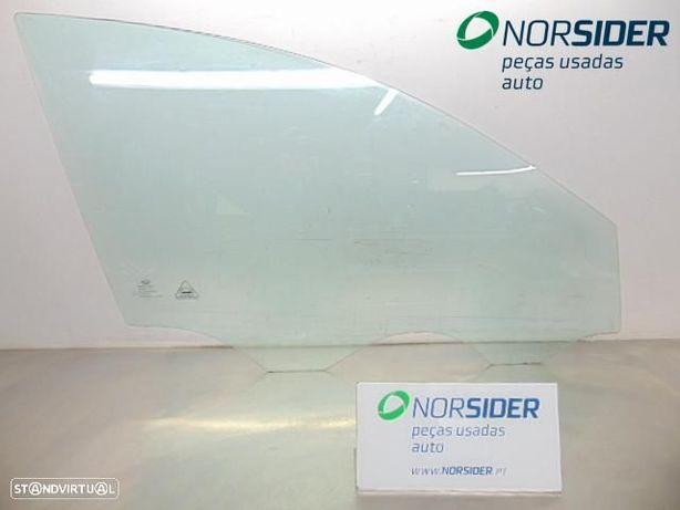 Vidro porta frente direita Kia Ceed Sport Wagon|06-09