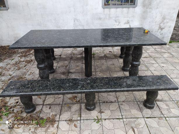 Комплект Царский гранитный стол с лавками
