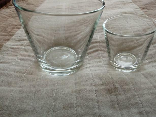 Komplet szklanych świeczników
