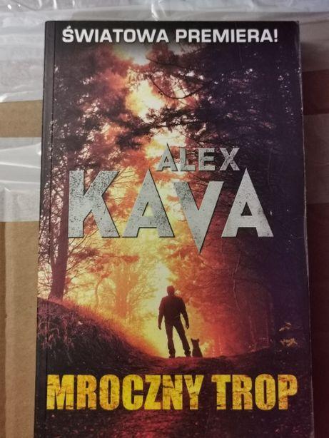 """Alex Kava """" Mroczny Trop"""""""
