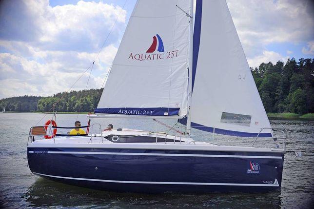 Aquatic25 jacht czarter wynajem jachtu Mazury