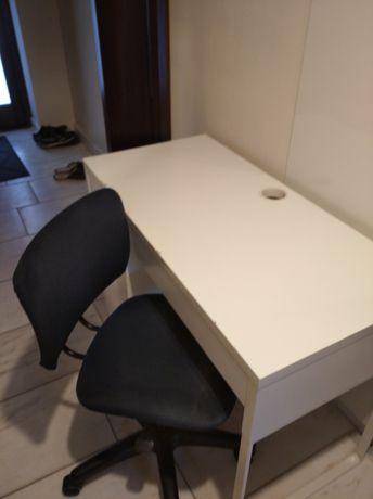 Biurko Ikea z krzesłem Ikea
