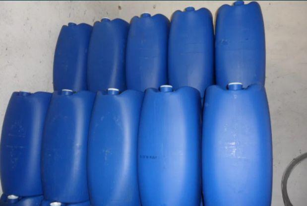 Barricas de plástico de 60 litros dois bijons
