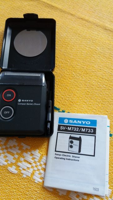 Бритва Sanyo SVM 732 на батарейках с зеркалом размером 8х7 см. Япония